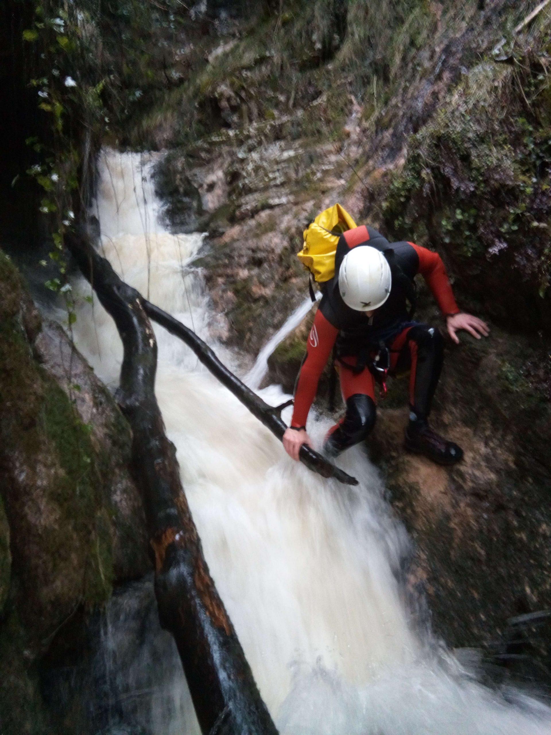 Descenso de cañones en Asturias. La Foz de Arangas | Nivel medio ⭐⭐