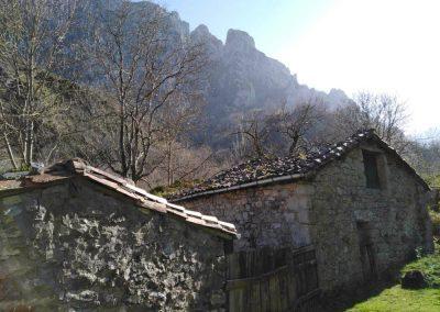 ruta del casaño. las cabañas del valle