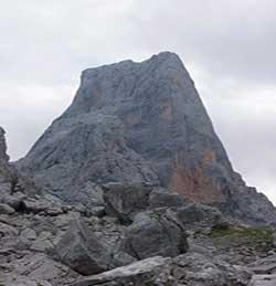 Trekking en Asturias. Picu Urriellu o Naranjo de Bulnes