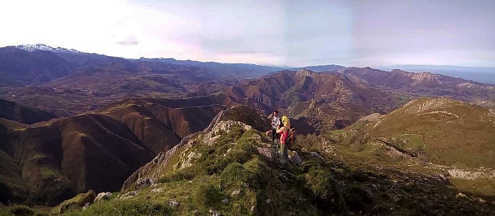 senderismo en la Sierra del Cuera, Asturias.