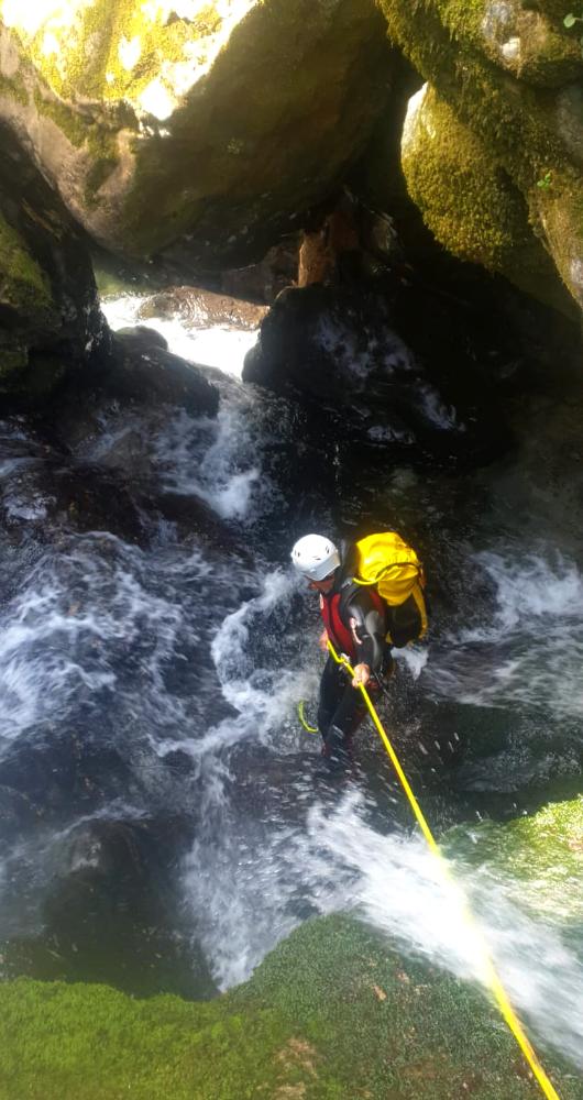 descenso de barrancos en el mazucu